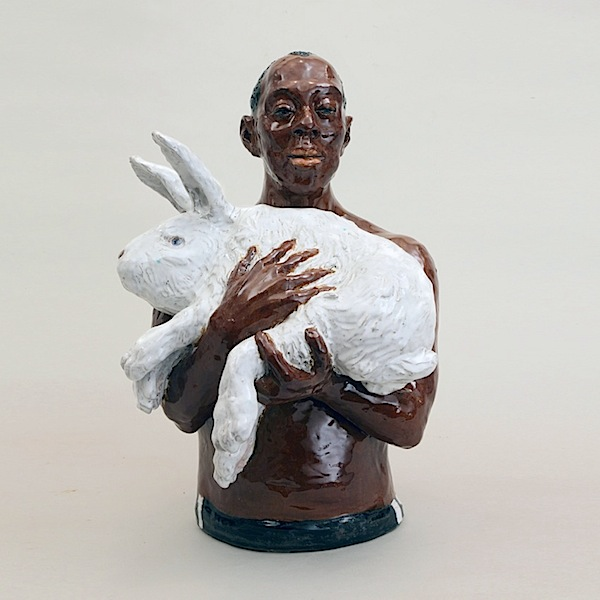 Rosi Steinbach: Helfer /All Hands, 2015, ceramic, glazed, painted, height 40 cm