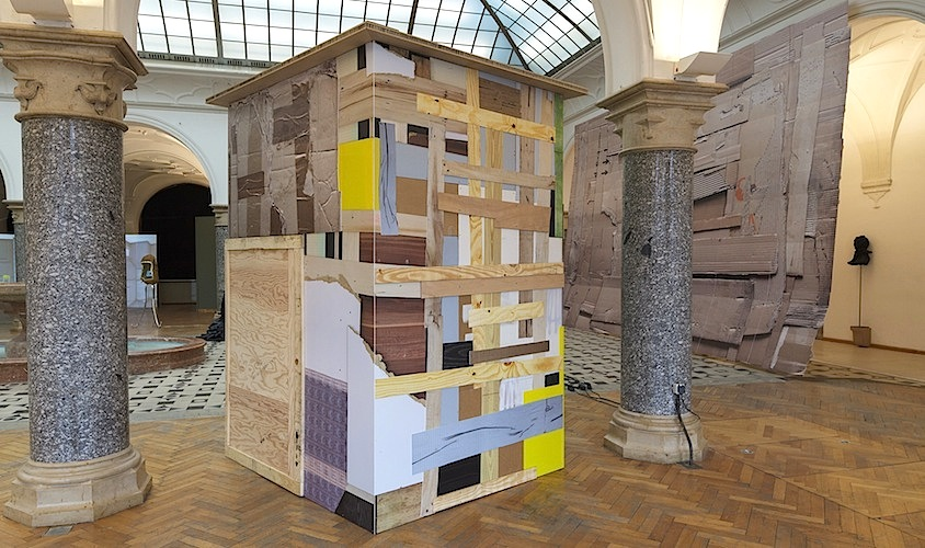 Ausstellungsansicht 1 »The Haunted House« Wolfgang Ellenrieder